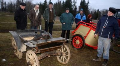 Vello Tamme hobutöö ja hobuste õpetamise tööriistasid uudistamas